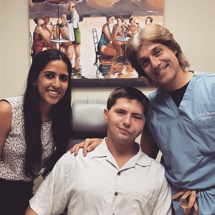 With my fellow Dr Amy Patel and an amazing and resilient young man after eyelid reconstruction with me and facial reconstruction with @drazizzadeh for facial paralysis. He is 1 week out of surgery and healing wonderfully! #blessed #eyelidexpert #facialpralysis #lifechanging