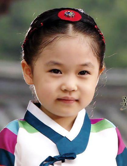 Kim Yoo Bin Biography   Kim Yoo Bin is a promising young actress. She's starred in a few ...