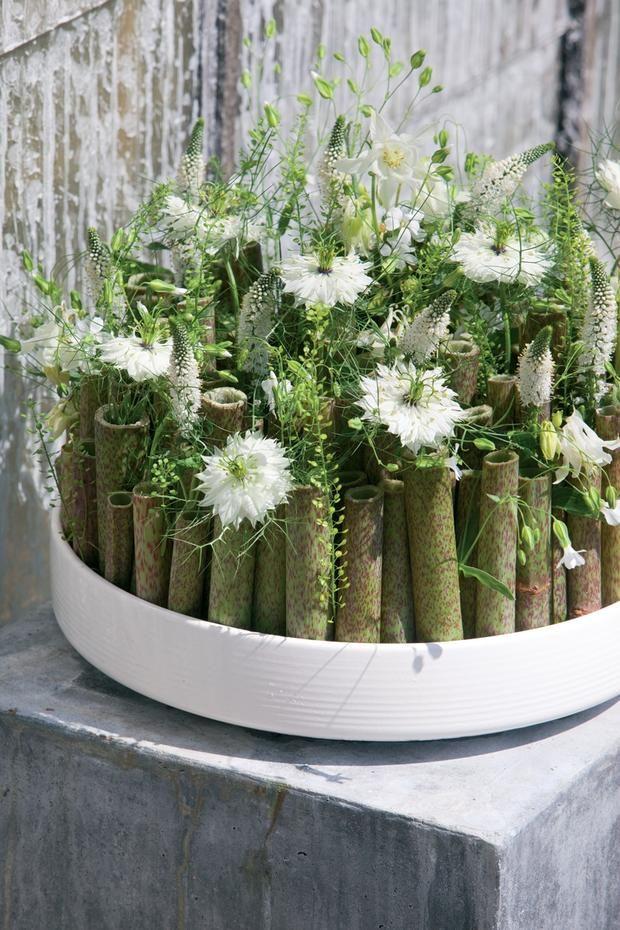 stroiki na komunię, kwiaty na komunię, dekoracja stołu, komunia