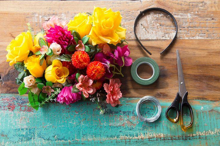 http://blog.treeoflife.com.au/wp-content/uploads/2015/05/everlasting_flower_crown_tutorial_01.jpg