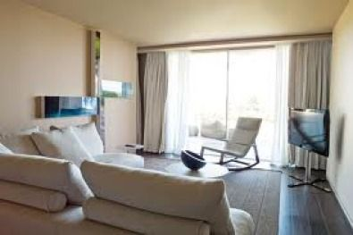 Beautiful apartment to rent in Fourways  2 bedrooms, 2 bathrooms, 2 covered carports, kitchen, lounge, small pvt garden, 24hr security, pool in com | 34270057