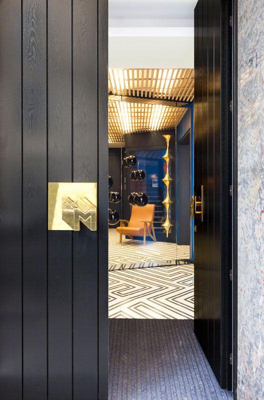 → BOUTIQUE HOTEL DESIGN PARIS FAUBOURG SAINT HONORE. Fantastic!