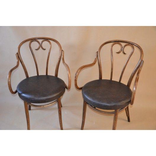 http://antyki.adancza.pl/glowna/686-fotel-giety-thonet-radomsko-siedzenie-skorzane.html