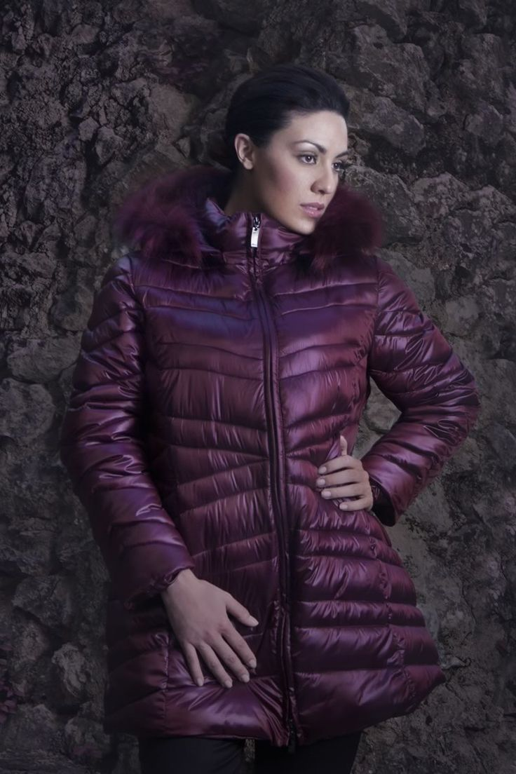 Piumino #LindasOver color violetto. Seguici su www.lindas.it
