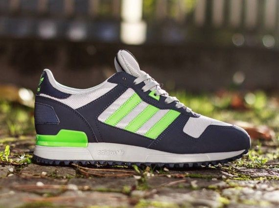 adidas Originals ZX 700: Light Onix/Ray Green/Dark Indigo