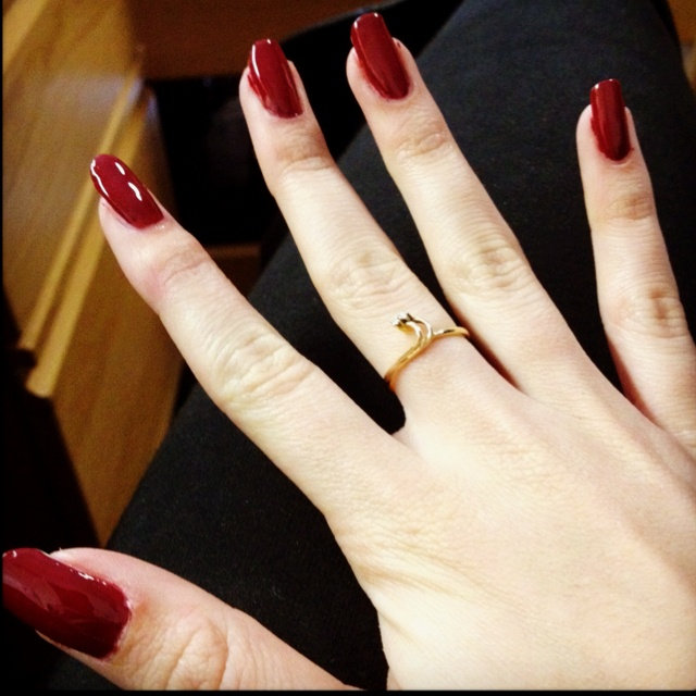 great color- but much too long nails for red color!!!!!!