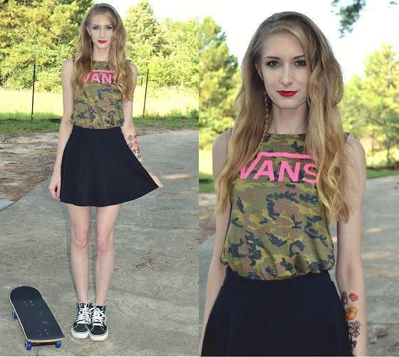 Vans Camo Sleeveless Top, Jcpenney Black Skater Skirt, Vans Sk8 Hi