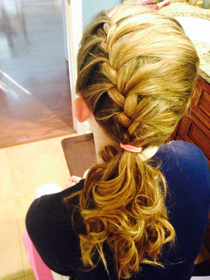 Side French braid with curls | Hair do you do? | Pinterest