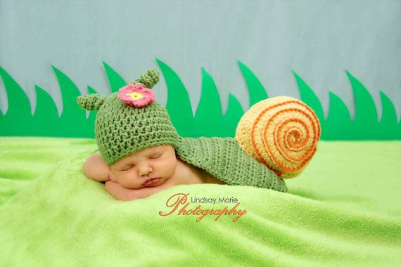 Is this not insanely adorable?! PATTERN Snail Photo Prop  Crochet by SweetPotato3Patterns on Etsy, $5.50