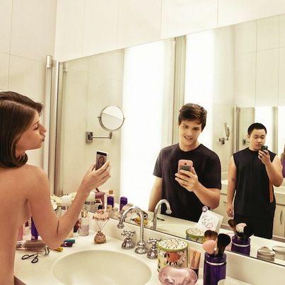 インターネットの危険性を「自撮り」で表現した広告 | Fashionsnap.com
