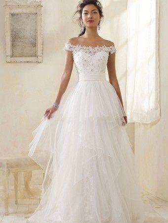 20 de rochii de mireasa fabuloase - Rochie de mireasa disponibila pe DeCosta.ro - Slide 6 din 20
