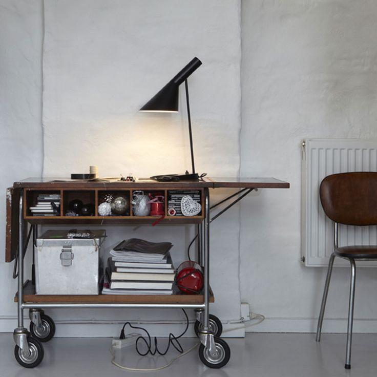 AJ Table Lamp, Louis Poulsen