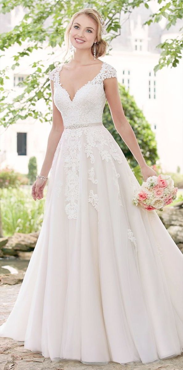 Lace Wedding Dresses For Petite Brides Beading Lace Ball Gown Princess Weddin Spring 2017 Wedding Dresses Romantic Wedding Dress Lace Wedding Dress Cap Sleeves
