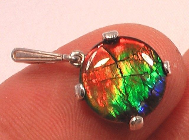 "HIGH QUALITY "" FLASHY RAINBOW' AMMOLITE GEM QUARTZ CAPPED PENDANT 925 ammolite gemstone pendant , ammolite pendant, ammolite from canada"