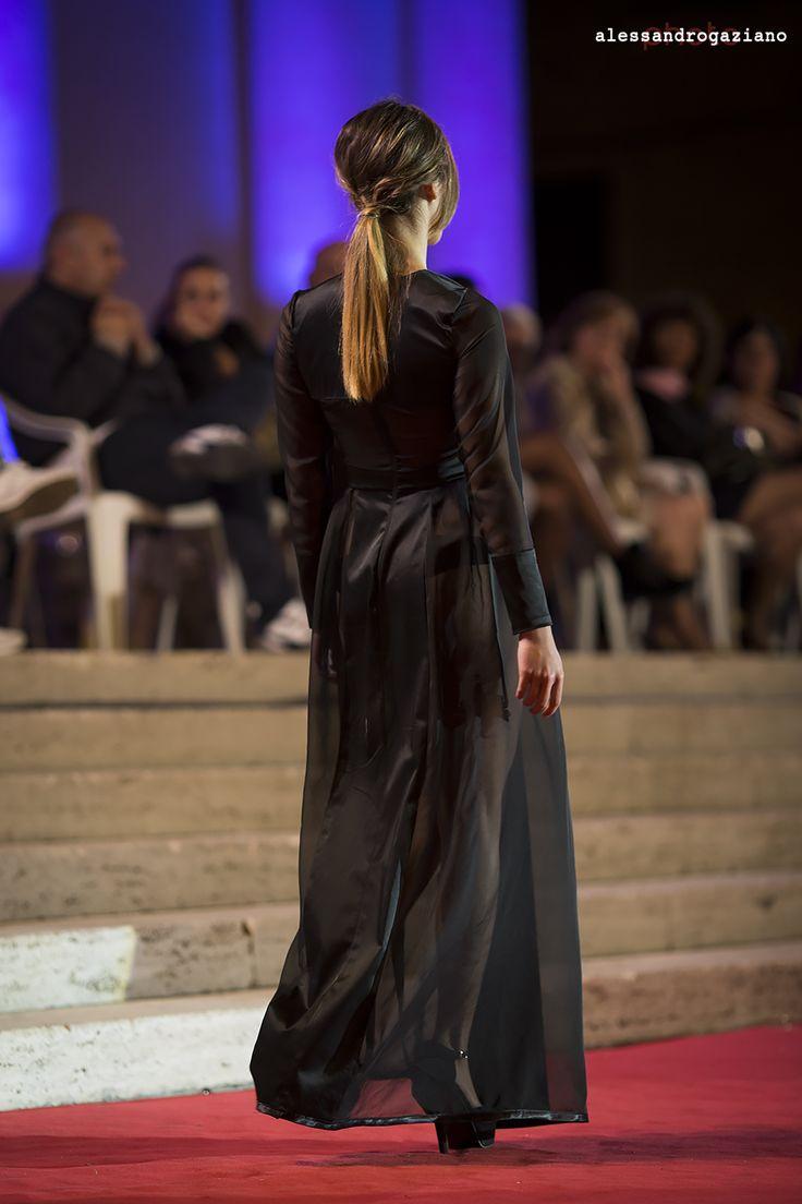 Nettuno Sfilata gatti 2014.   #blog #foto #alessandrogaziano #model #sfilata #nettuno #woman #abito #passerella #Moda