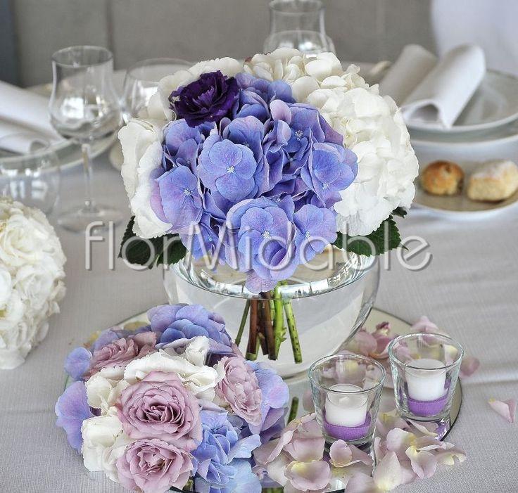Centrotavola romantico con ortensie e rose sfumate di lilla - Ph. Edoardo Agresti