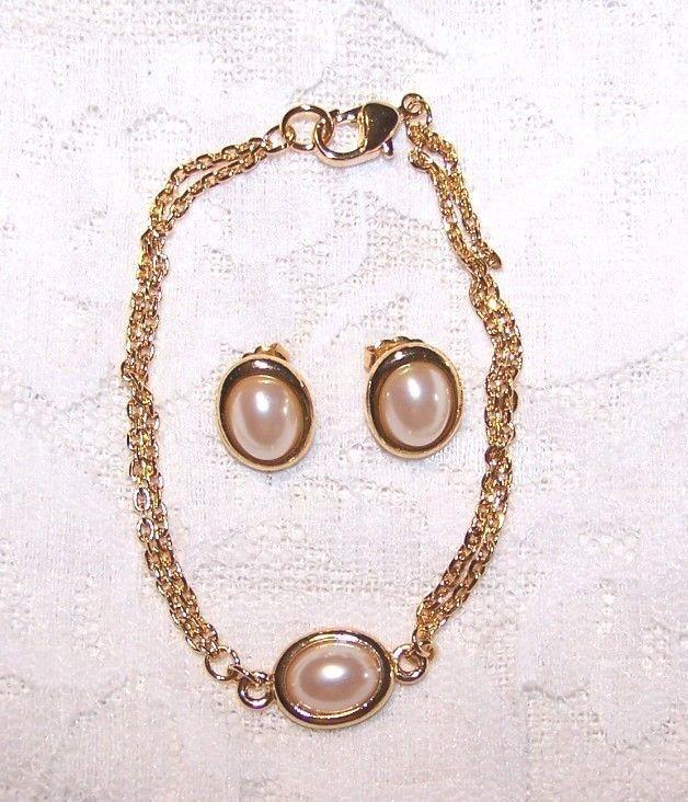 Retro Gold Tone & Faux Pearl Bracelet & Pierced Earrings | eBay