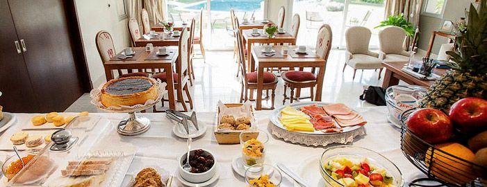 VILLA ISIDRO . Hotel Boutique & Spa - Desayuno Buffet
