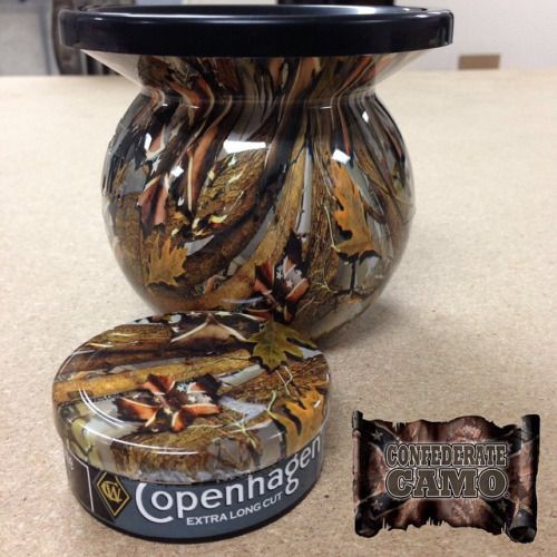 Confederate Camo MudJug with matching can lid.