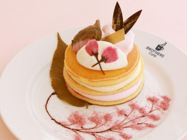 お皿の上は春満開!「桜餅と桜クリームのパンケーキ」がブラザーズカフェから