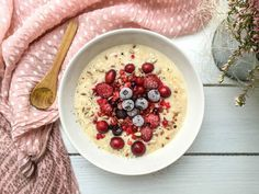 Schnelles Vanille-Porridge - vegan, glutenfrei, ohne Zucker - de.heavenlynnhealthy.com