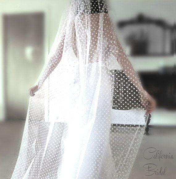 Polka dot cathédrale blanche 1 TIER 1 t par WeddingVeilsByCeCe