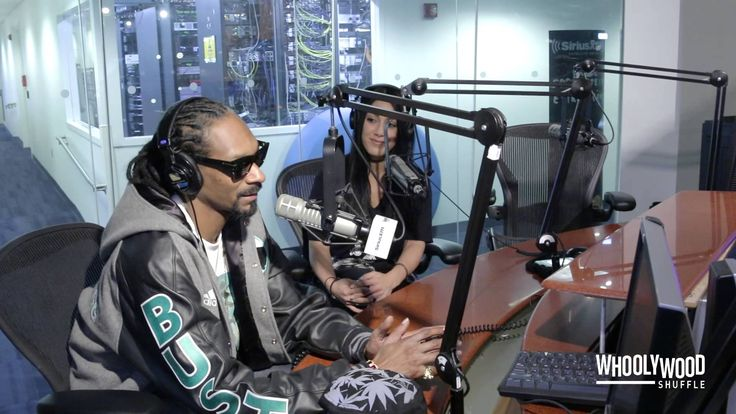 Snoop Dogg Speaks on Suge Knight, NWA Movie & Hillary Clinton with DJ Wh...