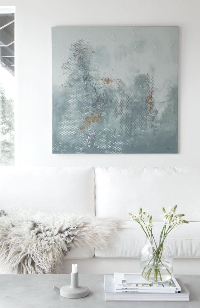 One of the colours I love the most is green. Probably because it´s so soothing and reminds me of nature… A painting with green colours like this one will definitely bring calmness to the room – which