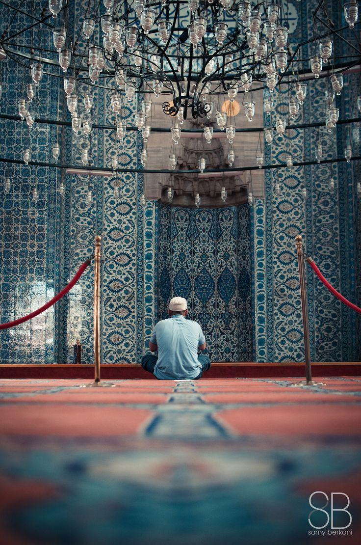 prayer session in rustem pacha mosque