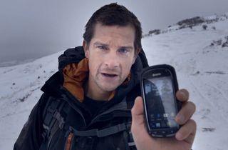 Jak využít smartphone v boji o přežití v divočině? - http://www.svetandroida.cz/prakticke-vyuziti-smartphonu-divocine-201403?utm_source=PN&utm_medium=Svet+Androida&utm_campaign=SNAP%2Bfrom%2BSv%C4%9Bt+Androida
