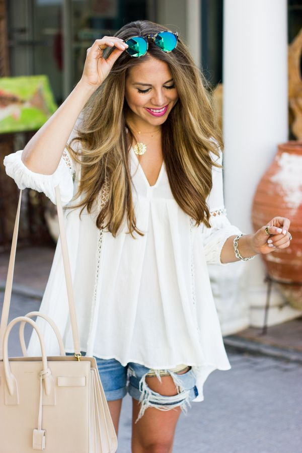 White Tunic & Boyfriend Shorts ♥ love the tunic, love the shorts. Could really use some shorts like this soon