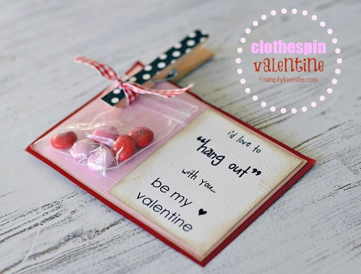cute simple little valentine card (with free printable)
