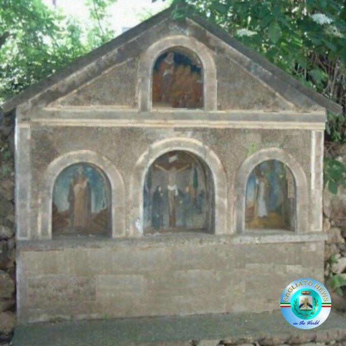 Gagliato, antica edicola sacra