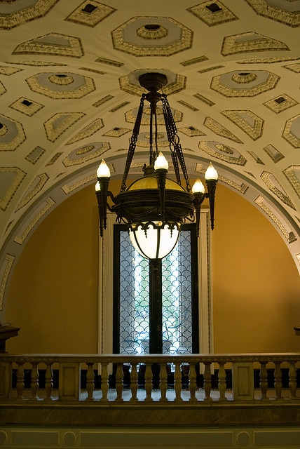 Brisbane City Hall: Lights and Decorated Ceiling in the Entrance by Craig Jewell Photography, via Flickr