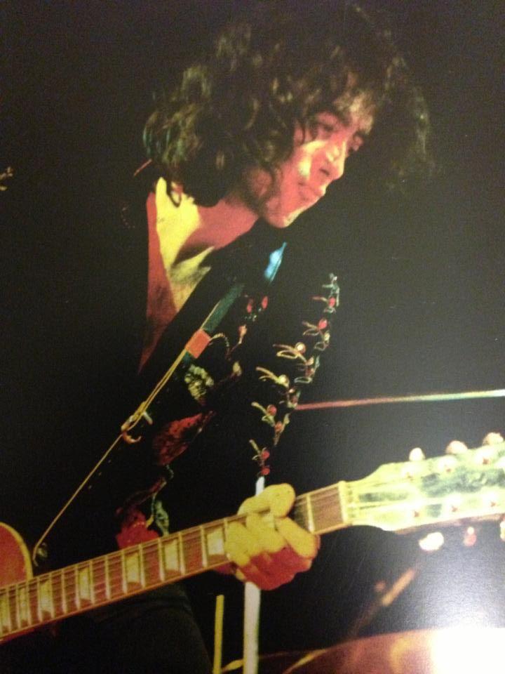 Jimmy Page #jimmypage #ledzeppelin #forthosewholiketorock