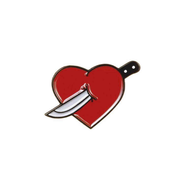 Открытки, картинка с ножом в сердце