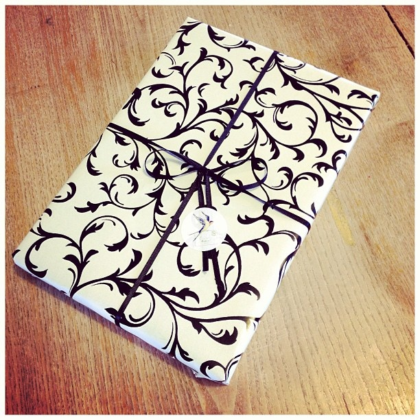 Gorgeously gift wrapped writing paper ready to go! #HoneyTree #CreateABuzz