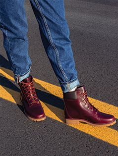 c4344f84d87 The TIMBERLAND JAYNE 6   BOOT for Women is both iconic and practical ...