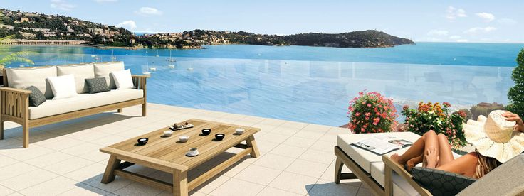 ROYAL BAY OPEN SEA EMOTIONS FOR AN OUTSTANDING RESIDENCE  A spectacular site of international renown at the heart of the legendary village of Villefranche-sur-Mer, offering a panoramic view of the Mediterranean Sea, the Bay of Villefranche-sur-Mer and the prestigious Cap Ferrat.  From studios to penthouse, this new property development at the cutting edge of architecture proposes exceptional apartments, most of them benefiting from spacious terraces with breathtaking views.
