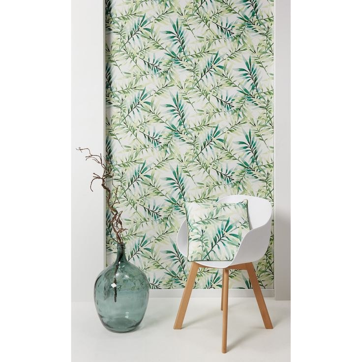 Je haalt groen in huis met behang Lente! #behang #stoel #newyork #woonkamer #wonen #interieur #kwantum
