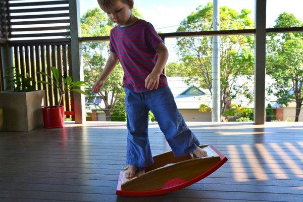 A Fun balancing toy that helps kids practice balancing! Great for daycare centres, kindergartens or family play. A beautiful, strong wooden balance board that