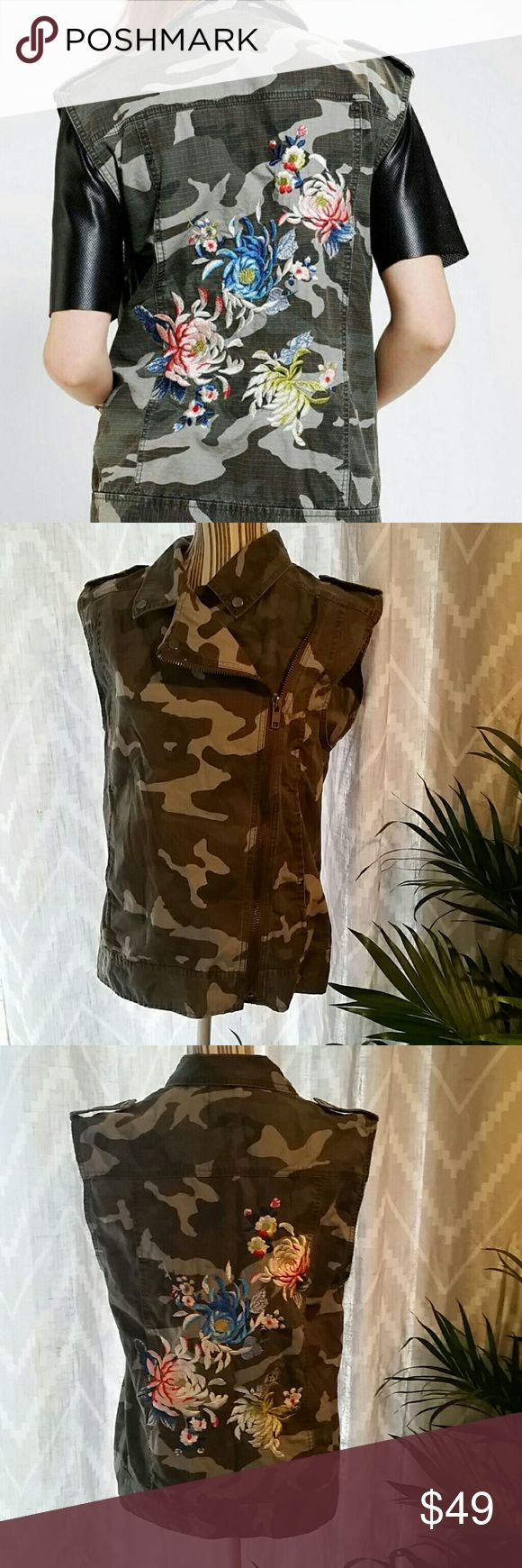 Urban Outfitters Silence Noise Camo Floral Vest S Size SMALL. Lightly used, excellent condition! Urban Outfitters Jackets & Coats Vests
