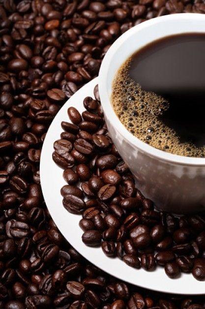 grains de café et café en vedette des matériaux de qualité d'image
