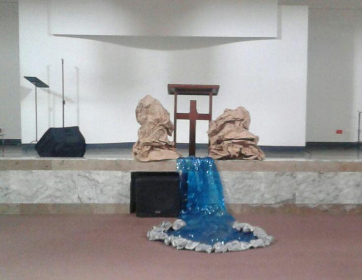 Existen aguas hasta los tobillos, hasta las rodillas, hasta los lomos ... pero hay aguas más profundas!!  Ezequiel 47
