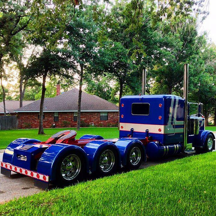 Tri Axle Show Trucks : Peterbilt on pinterest