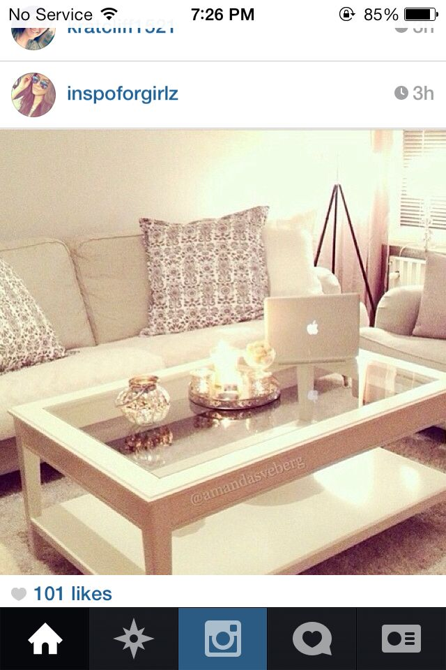 A Very Clutter Free Living Room Table I Need Mine To Look This Neat Too Okay Coffee Like The Candle Tray