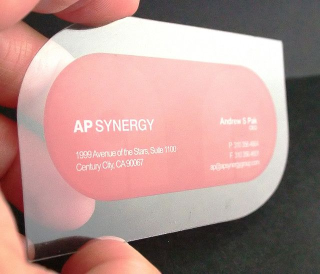 biglietti da visita trasparenti - stampati in Offset UV, su PVC trasparente bilucido, spessore 400 micron. Realizzati da http://www.pinkograf.com/en/