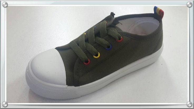 Size : 31 - 35 Keten ayakkabı  #stil #kalite #tarz #sanat #model #moda #yenisezon #kids #kidsfashion #kidsroom #çocuk http://turkrazzi.com/ipost/1518073425761989495/?code=BURR7zVgPN3
