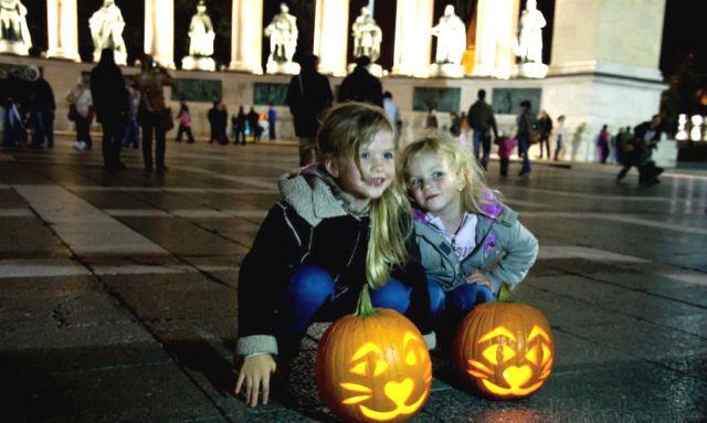 Halloween Budapest módra TOP3   Pink Domina