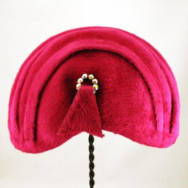 "Pretty in ""Shocking Pink"" Iconic Elsa Schiaparelli Amazing Fur Cloche Hat"